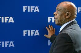 الفيفا يمنح سيكسويل شهراً بشأن تقرير مشكلات الكرة الفلسطينية
