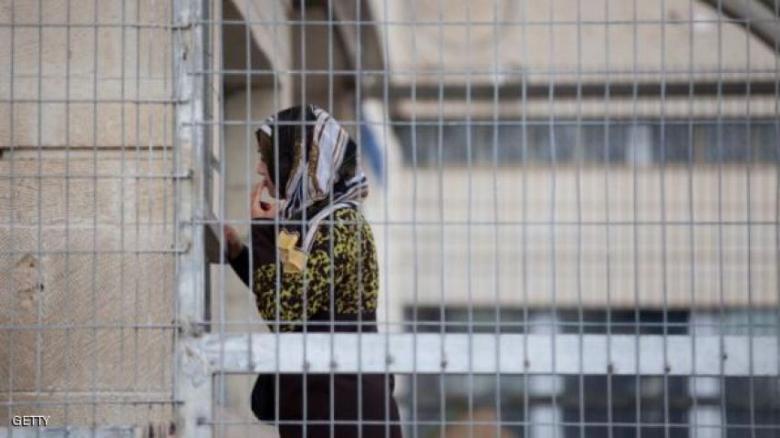 """محكمة الاحتلال تنظر اليوم في اعتقال الأسيرة """"دباس"""""""