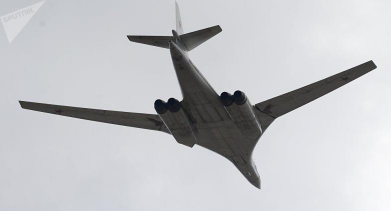 """قاذفة """"تو-160"""" تتحول إلى طائرة فخمة"""