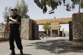 مصر تغلق معبر رفح البري بعد أربع أيام من فتحه استثنائيا