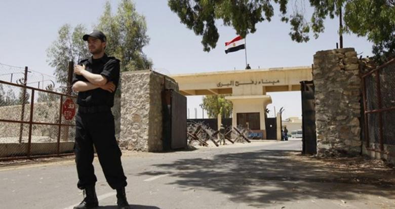 مصر تغلق معبر رفح البري بعد أربعة أيام من فتحه استثنائيا