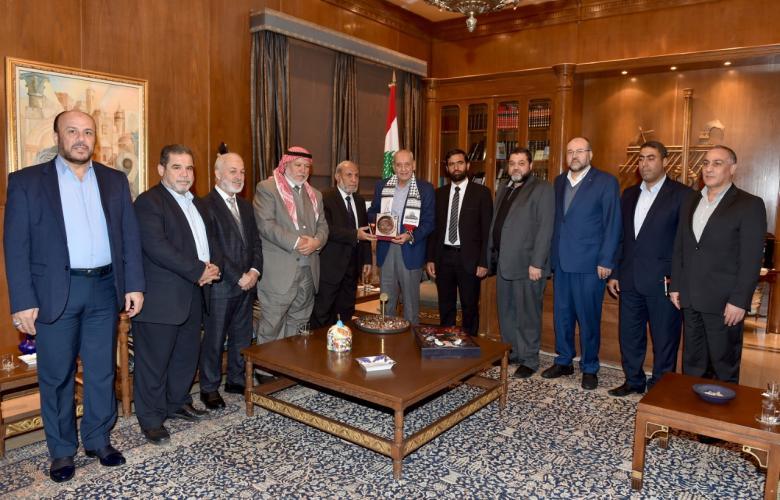الوفد البرلماني الفلسطيني يلتقي رئيس مجلس النواب اللبناني