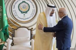 ملك السعودية يزور تونس قبيل القمة العربية