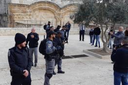 الاحتلال يقتحم مصلى باب الرحمة في الأقصى