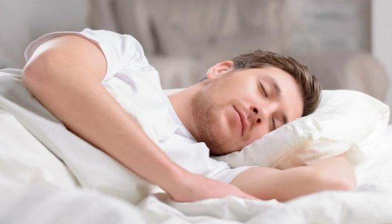 لماذا يحتاج الإنسان للنوم؟