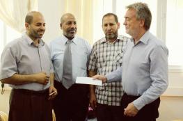 """اللجان الشعبية بغزة تسلم مدير عمليات """"الأونروا"""" رسالة"""