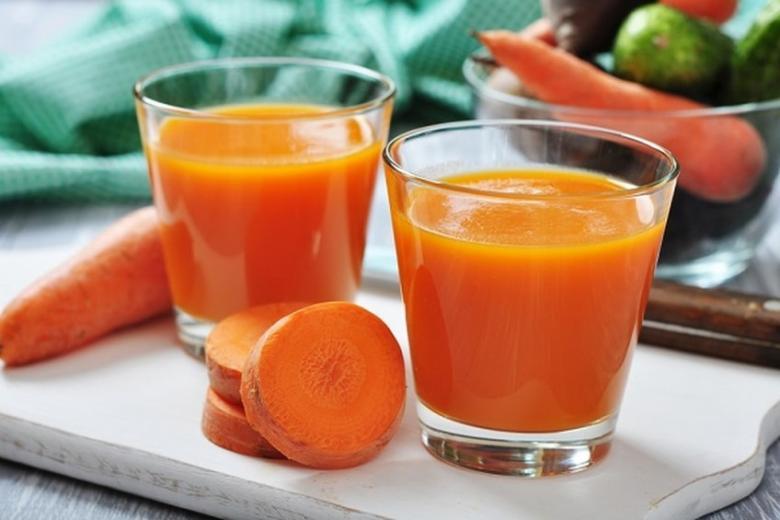 في هذا العصير يكمن سرّ جمال بشرتك!
