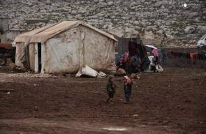 ظروف معيشية صعبة تواجه السوريين النازحين بإدلب