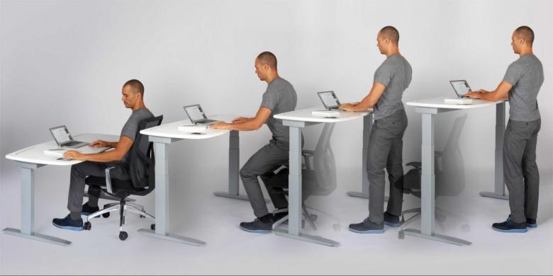 الوقوف بدل الجلوس يقلل من وزن الجسم