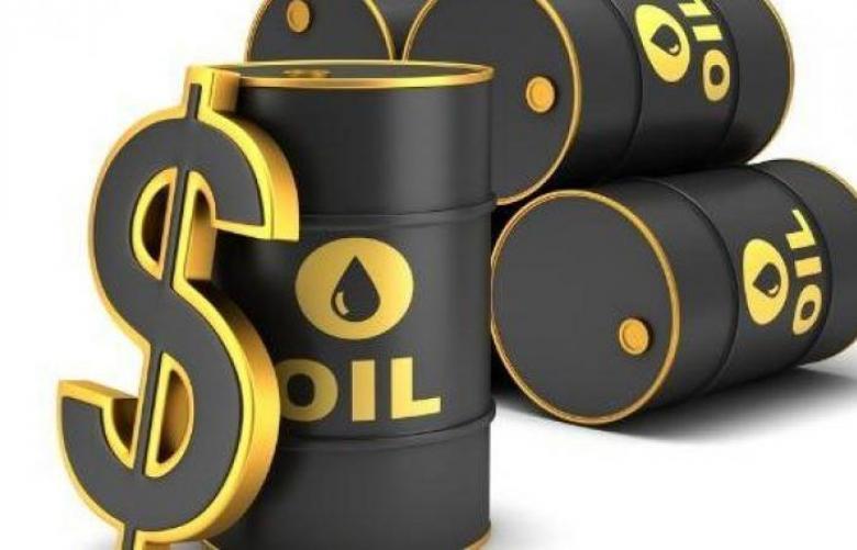 مخزونات النفط الأمريكية تهبط 2.7 مليون برميل