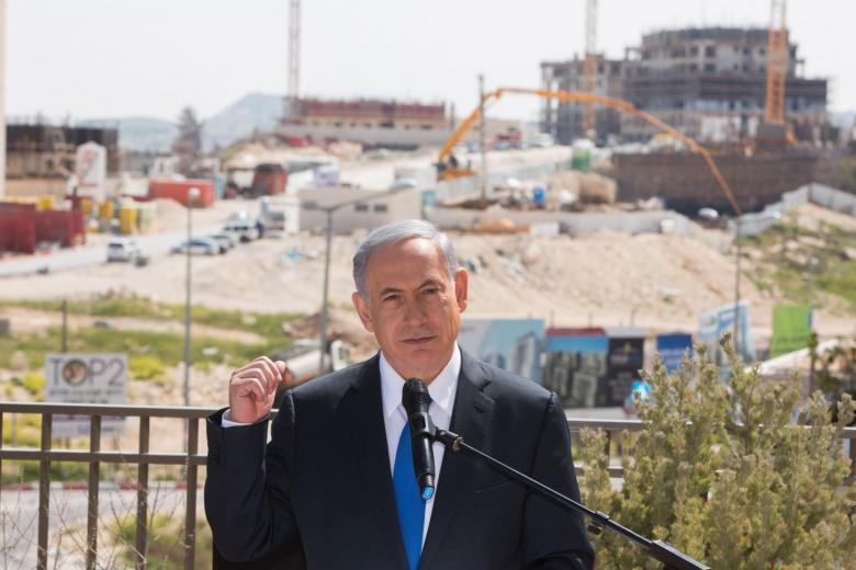 نتنياهو يصادق على بناء آلاف الوحدات الاستيطانية بالقدس ويهاجم أوباما