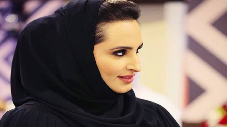 في نشاط نادر.. زوجة أمير قطر تقدم التعازي بوفاة السلطان قابوس