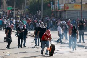 كاتب إسرائيلي: عشرات النقاط في الضفة قابلة للاشتعال