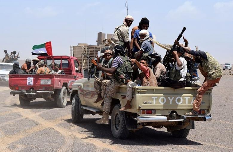 مسلحون يفجرون خطا لنقل الغاز جنوب شرق اليمن