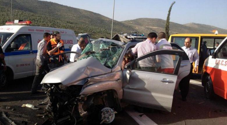 إصابة 5 مواطنين في حادث سير غرب جنين