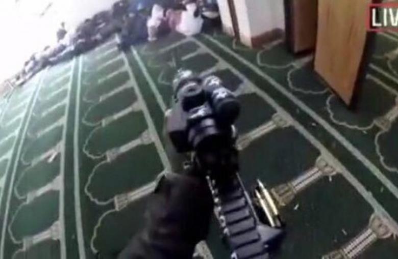 """""""فيسبوك"""" تكشف سر انتشار فيديو مذبحة المسجدين بنيوزيلندا"""