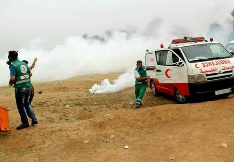 """""""المنظمات الأهلية"""" تستنكر اعتداءات الاحتلال بحق الطواقم الطبية وتطالب بحماية دولية"""