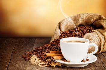 إتيكيت القهوة.. شربها وتقديمها!