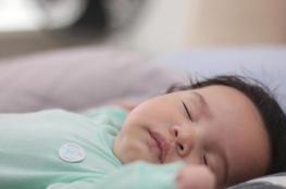 كيف تساعدين طفلك على النوم؟