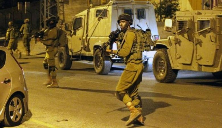 الاحتلال يعتقل 7 مواطنين في الضفة الغربية