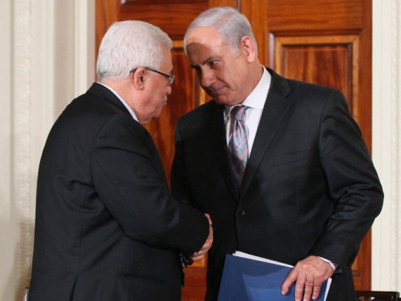 عباس يهاتف نتنياهو ويؤكد رفضه الشديد لعملية القدس