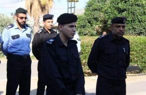 الشرطة الفلسطينية تحقق أمنية شاب كفيف وتُعينه مدير لمركز شرطة رفح