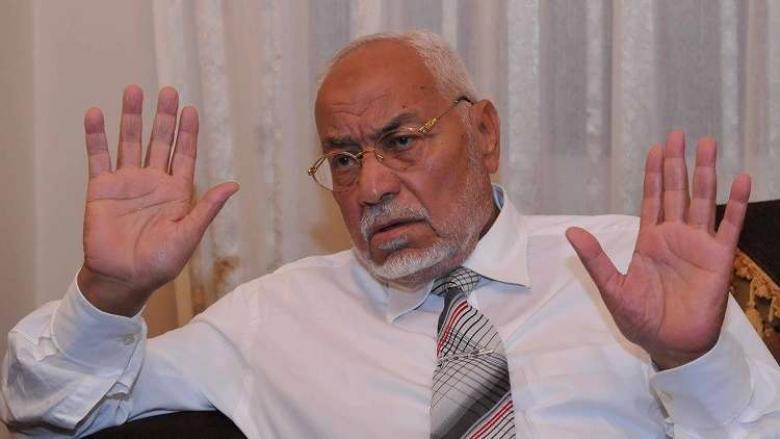 """جماعة الإخوان: وفاة عاكف """"قتل ممنهج"""" نفذته السلطات المصرية"""