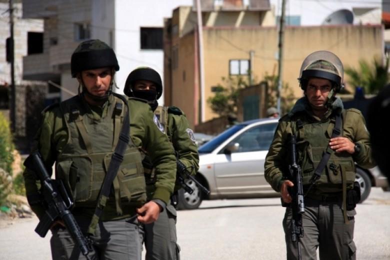 الاحتلال يغلق مدخل الفوار ويقمع مظاهرة قرب الحرم الإبراهيمي