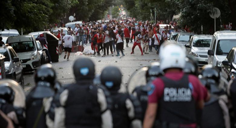 فيفا يعلن أسباب إقامة نهائي ليبرتادوريس في إسبانيا