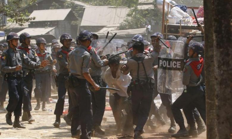الاحتلال يرفض وقف بيع الأسلحة إلى بورما