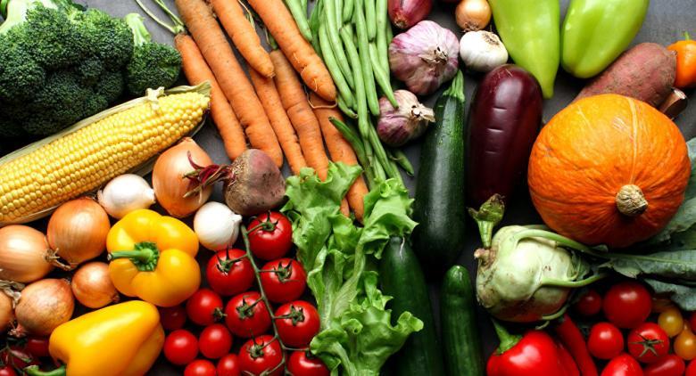أطعمة تساعد على محاربة الحر الشديد