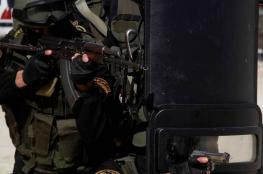 أجهزة الضفة تعتقل 5 مواطنين وتستدعي آخر