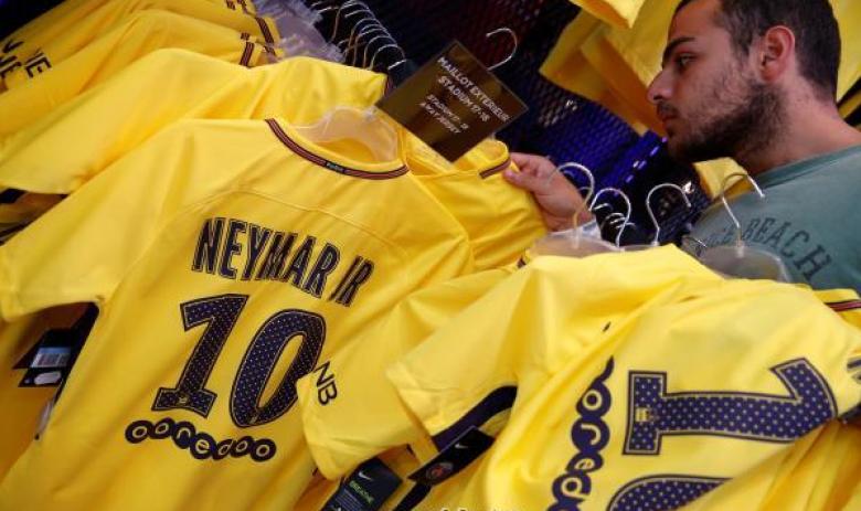 مبيعات هائلة لقميص نيمار في يوم واحد