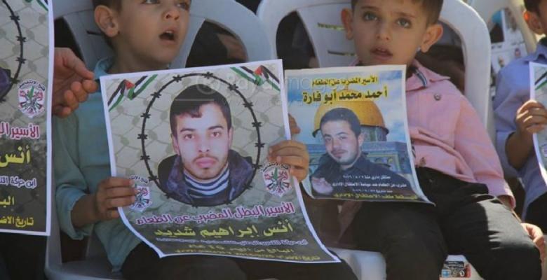 الاحتلال يجدد الاعتقال الإداري للأسير أنس شديد