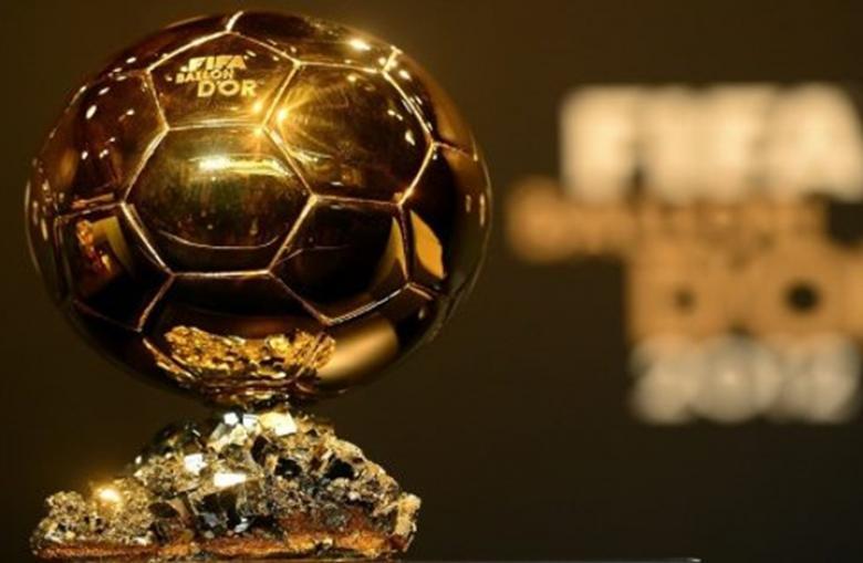 """عربيان في قائمة الـ30 لاعبا المنافسين على """"الكرة الذهبية"""""""