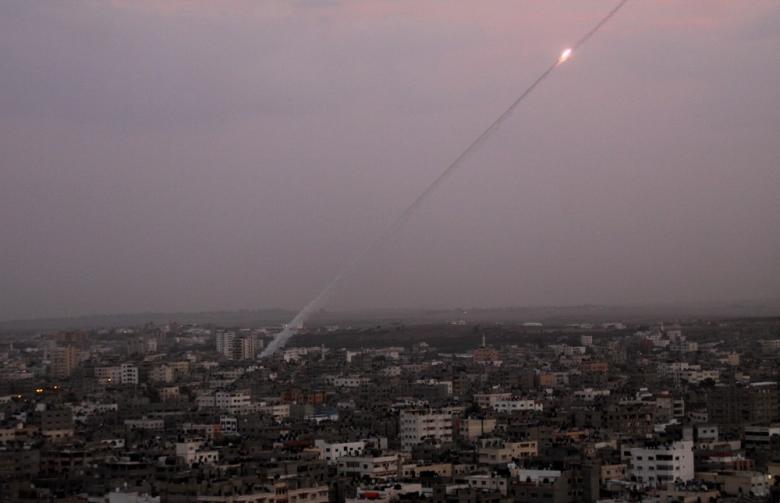 الاحتلال يزعم سقوط صاروخ بعسقلان أطلق من غزة