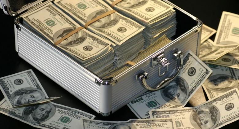 عائلة أمريكية تربح 4 ملايين دولار كل ساعة