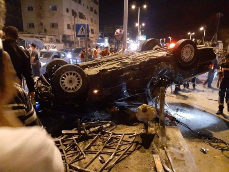 إصابة مواطن وطفلة بحادثي سير منفصلين جنوب القطاع