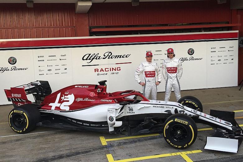 فريق ألفا روميو يكشف النقاب رسميًا عن سيارته الجديدة