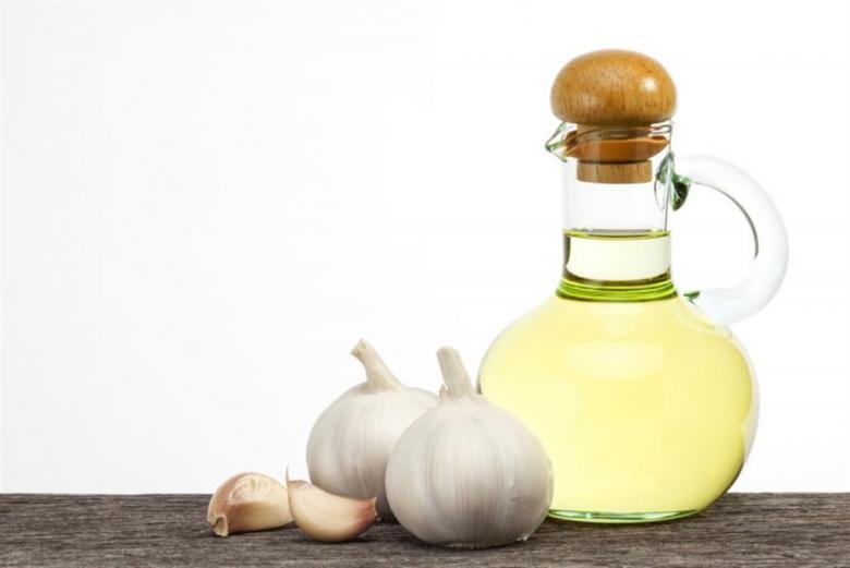 7 فوائد صحية رائعة لزيت الثوم تهمك معرفتها