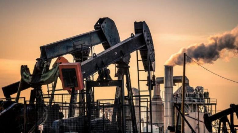 أمريكا تصرخ من انخفاض أسعار النفط... خبراء: هذا هو مبدأ حرية الأسواق