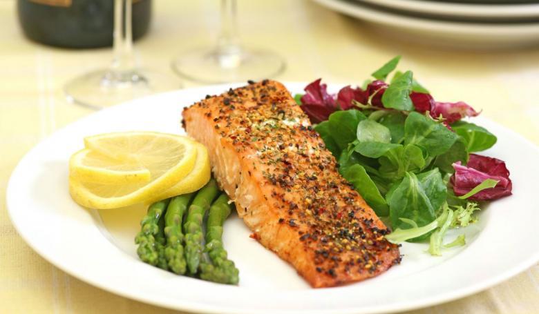وجبة عشاء تساعدك على فقدان الوزن ليلاً