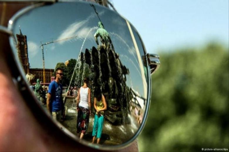 f8bd541ac كيف تقرأ العلامات على النظارة الشمسية؟ - فلسطين الآن