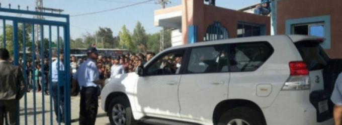 نائب ميلادينوف يصل غزة عبر حاجز بيت حانون