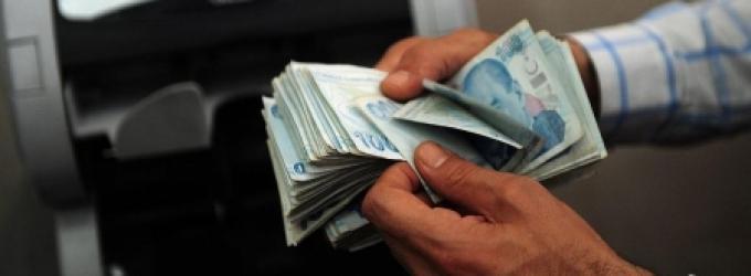 انخفاض قياسي جديد لليرة مقابل الدولار