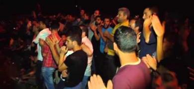 احتفالات في الخليل بقصف القسام لـ