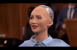 شاهد أشهر لقاءات الروبوت السعودية صوفيا مع مشاهير العالم