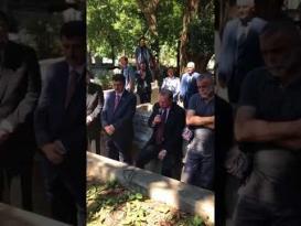 رجب طيب أردوغان يقرأ القرآن بلغة عربية سليمة