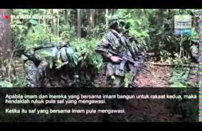طريقة صلاة الخوف يؤديها الجيش الماليزي