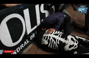 مقتل المصارع لاباركا في